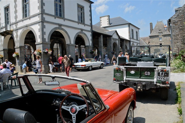 The Interesting Car Club Grand Week-end Les anciennes reprennent la route Gouarec Centre Bretagne